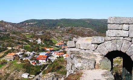 Miradouro do Castelo — Gerês: 2 noites para dois com pequeno-almoço e visita a Núcleo Museológico por 49,90€