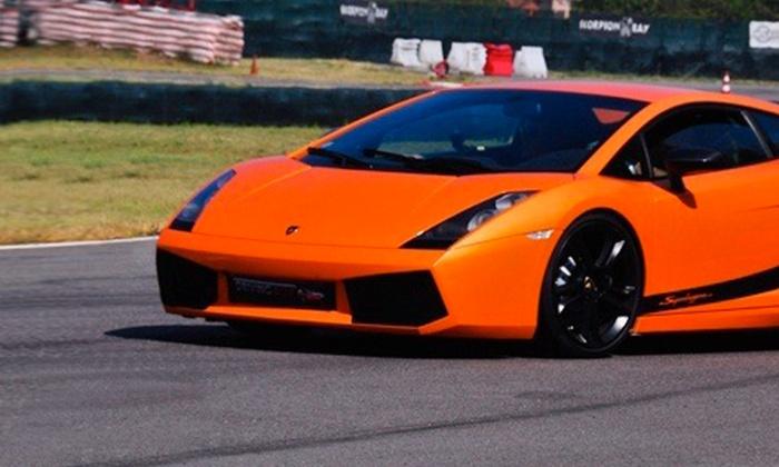 Driving Box - Più sedi: Fino a 8 giri in Ferrari 360, Lamborghini o Porsche da 49,90 €. Valido in 4 circuiti