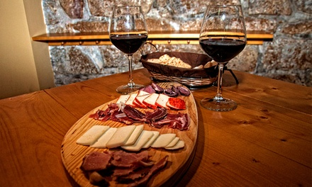PORTUS BAR — Baixa: menu de petiscos para 2 ou 4 pessoas com entrada, bebidas, cocktails e cafés desde 14,90€
