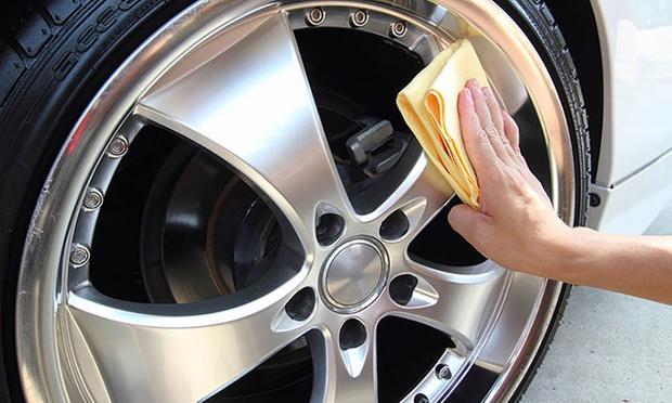 aqua basic car wash aqua hand car wash and detailing groupon. Black Bedroom Furniture Sets. Home Design Ideas