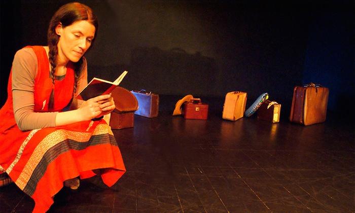 Teatro Turim — Benfica: bilhete para a peça infantilVoltas, Piões, Berlindes e Botões por 4€