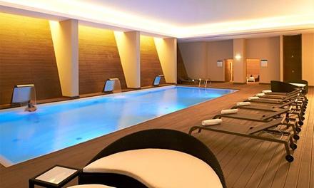 Vidamar Algarve Hotel 5* — Albufeira: 1 ou 2 noites para dois em quarto com vista de mar e meia pensão desde 99€