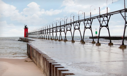 2-Night Stay in a Cottage at Harbor Club South Haven in Michigan