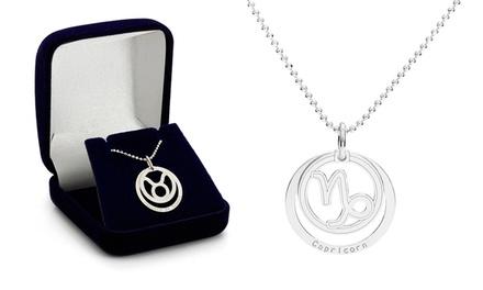 Um colar e peça com os símbolos do zodíaco e gravação por 16,99€ ou dois por 26,99€