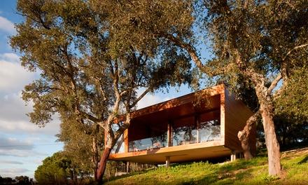 Herdade do Moinho Novo — Canha: 2-3 noites para dois em casa suspensa de madeira, pequeno-almoço e atividades desde 129€