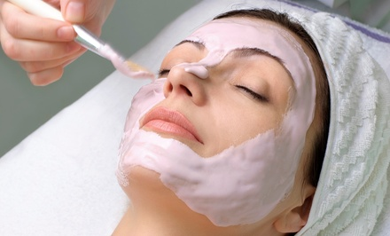 Anti-Aging or Deep-Cleansing Facial Packages at Salon Sereno (Up to51% Off)