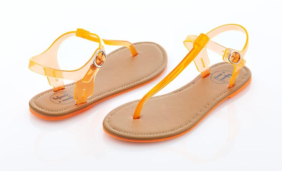 carinis_women_sandals