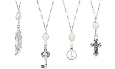 Colar The Opera Collection com pendente paz, chave, pena ou cruz por 10,99€ ou conjunto com os quatro desde 24,99€