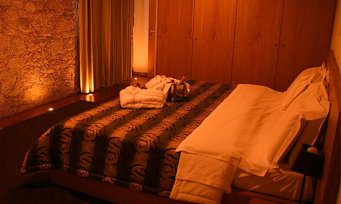 Hotel Rural Alves — Braga: 1-2 noites para duas pessoas com pequeno-almoço, hidromassagem e opção de jantar desde 49€