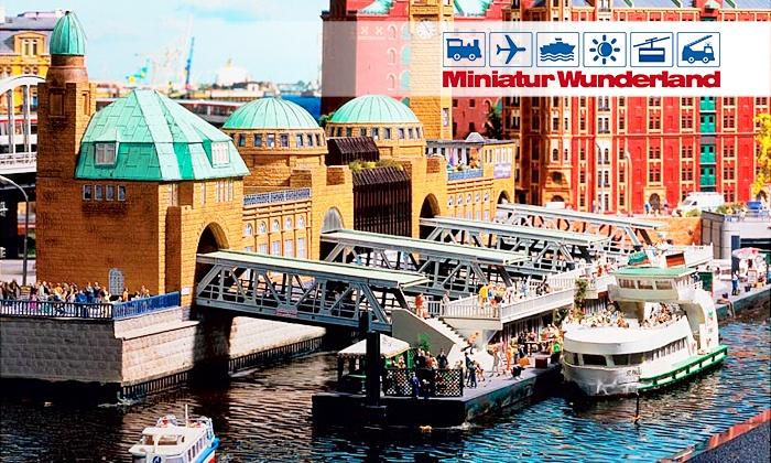 c700x420 Hamburg: Besuch des Miniatur Wunderlandes und Hafenrundfahrt am Abend für 18 €