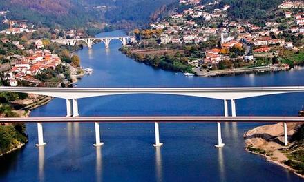 RentDouro — Porto: cruzeiro no Douro com refeições a bordo e visita a caves para 2 ou 4 pessoas desde 119€