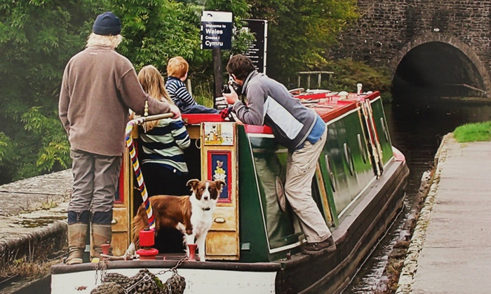 Middlewich Narrowboats - Middlewich: Cheshire: 3 or 4 Night Boat Hire from £339 with Middlewich Narrowboats (Up to 59% Off)