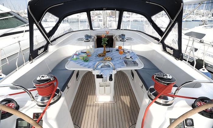 Douro Sailing — Douro: passeio de veleiro para dois com refeição e espumante a bordo por 44,90€