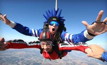 $115 for Tandem Skydiving at Jump Florida Skydiving ($199 Value)
