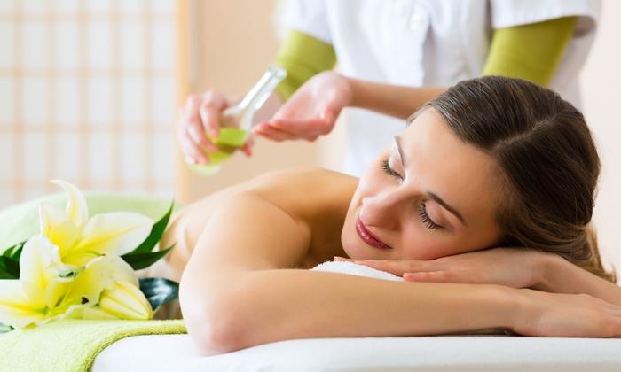 Sintonia - Studio di discipline naturali - STUDIO CRISTINA VILARDO: 3 massaggi a scelta o con in più consulto dietetico da 34,90 €