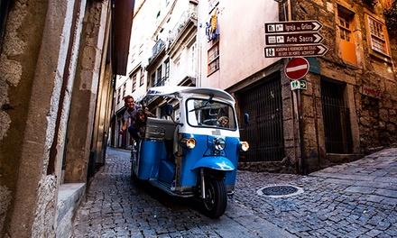 Tuktour — Porto: passeio de tuk tuk com degustação de vinhos para duas, quatro ou seis pessoas desde 13,90€
