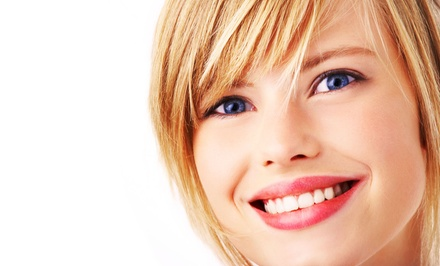 45-Minute Teeth-Whitening Treatment with Option for Whitening Pen (Up to 54% Off)