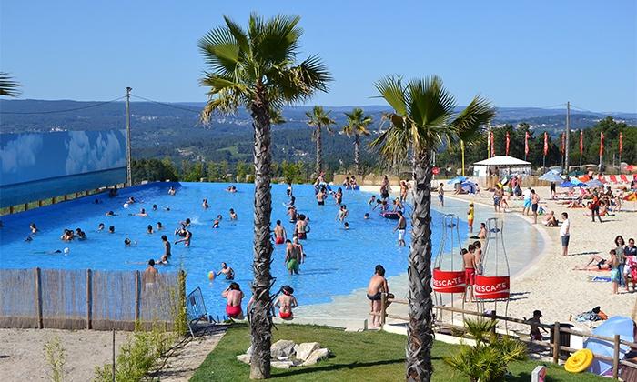 Live Beach — Praia de Mangualde: 1-5 noites para dois com pequeno-almoço, acesso VIP à praia e massagem desde 45€