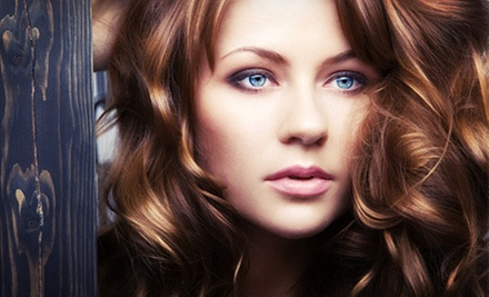 $39 for a Brow Wax, Deep Conditioning, and Highlights or Color at Studio 5 Salon with Lindsey Huelsenbeck ($98 Value)