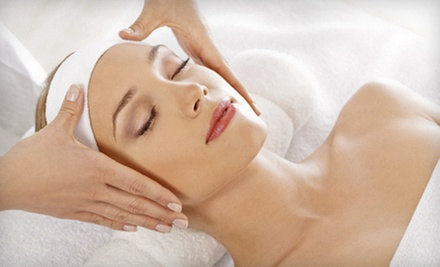 45-Minute Organic Oil Massage, 45-Minute All-Natural Facial, or Both at Picaflor Day Spa (Up to 55% Off)