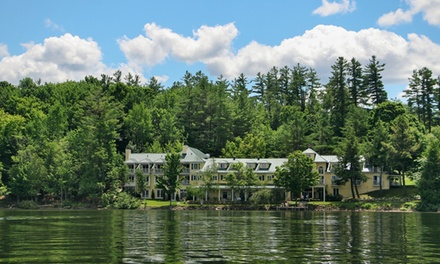groupon daily deal - 1- or 2-Night Stay for Two with Breakfast and Spa Credit at Ripplecove Lakefront Hotel & Spa in Quebec