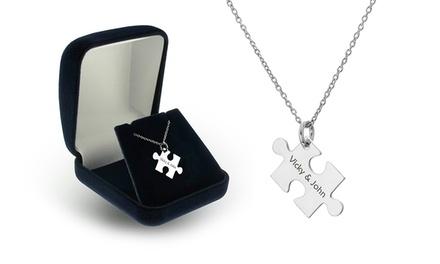 Colar com peça de puzzle gravada por 14,99€ ou dois colares por 22,99€