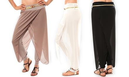 Par de calças com saia e cinto por 16,99€ ou dois pares por 29,99€