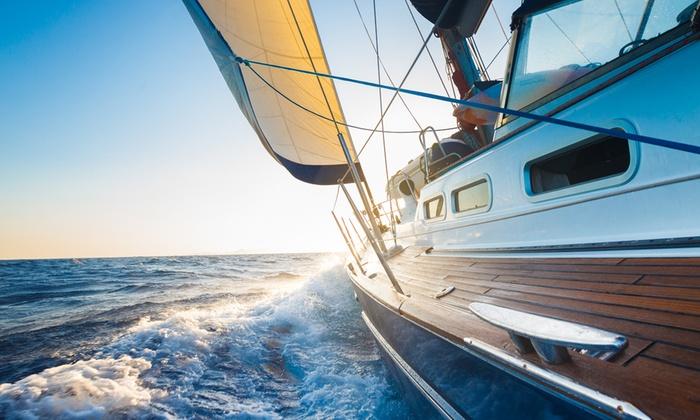 Vivere La Vela - Milano: Corso di vela con 2 giorni in barca sul Lago di Como da 49 €