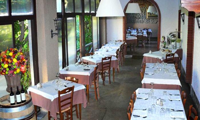 Trattoria da Gina - Rovato: Menu con grigliata, 1 kg di fiorentina o tagliata e vino da 24,90 € in Franciacorta