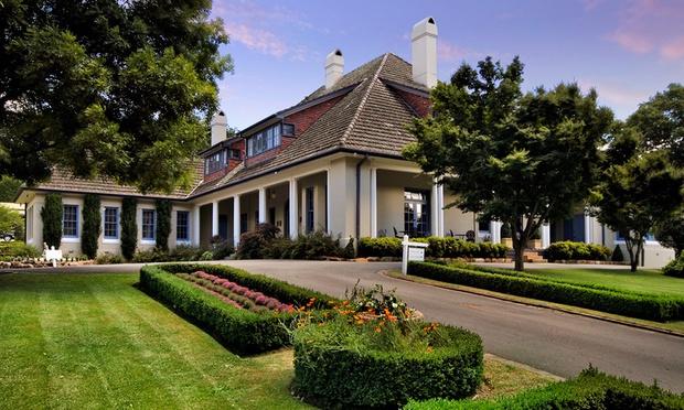 Riversdale mansion wedding