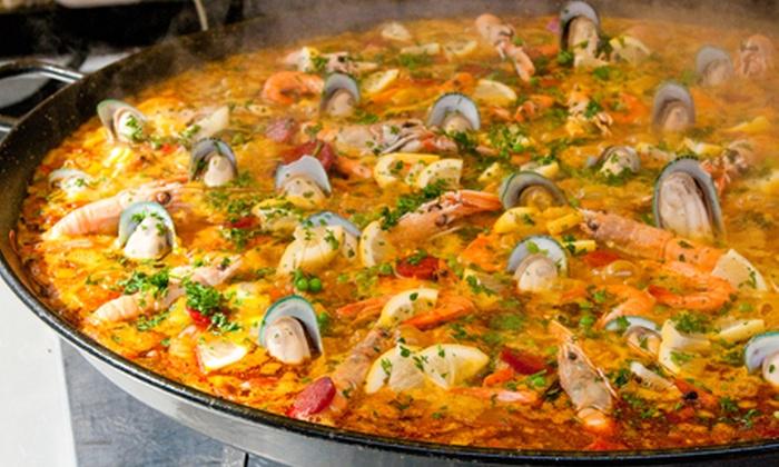 Restaurante Sabores da Dadá - Salvador: Sabores da Dadá – 2 unidades: moqueca mista com acompanhamentos, para 2 ou 4 pessoas, a partir de R$ 41,90