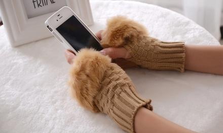 Luvas de lã sem dedos e com pele falsa por 10,90€
