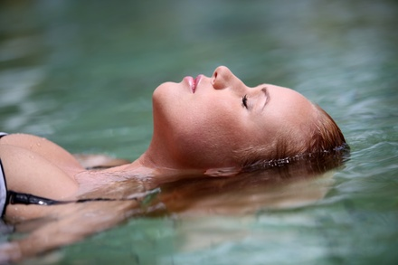 $35 for a One-Hour Float Session at Float and Flourish Center ($65 Value)