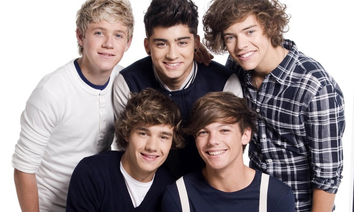 Esatour - Pesaro: Concerto One Direction - Biglietto per la data di Milano o Torino e notte in hotel 4* per una persona da 149,99 €