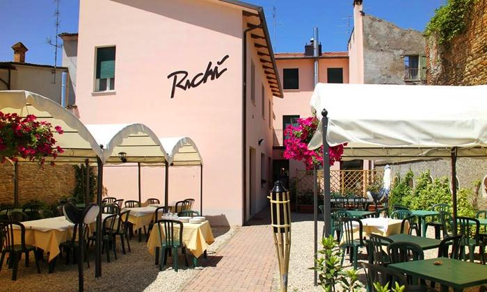 Ristorante Pizzeria Albergo Richì - borgo tossignano (BO): Menu di pesce di 3 o 4 portate con in più pernottamento di una notte da 24,90 €