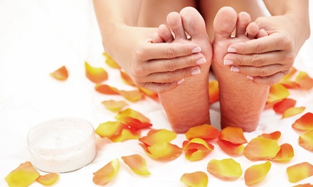 Laser Toenail-Fungus Removal for Up to 5 or 10 Toes at Gente Spa Laser Center (57% Off)