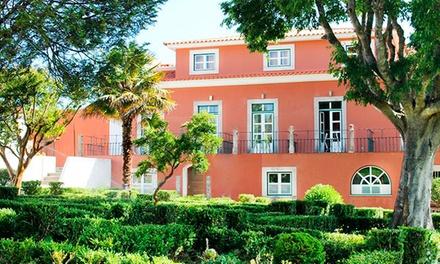 Sarrazola House — Sintra: 1 noite para duas pessoas com pequeno-almoço, garrafa de vinho e late check-out desde 59€