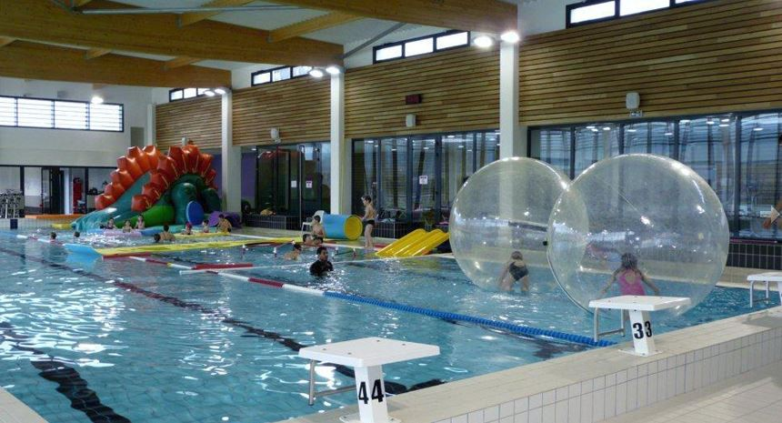 Aquatic bowling center de l 39 hesdinois hesdin nord for Accouchement en piscine en france