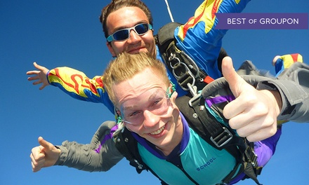 $149 for a Tandem Skydiving Experience from Long Island Skydiving Center ($269 Value)