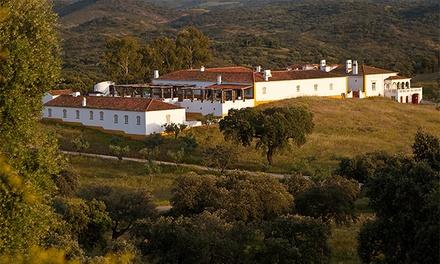 Parque de Natureza de Noudar — Barrancos: 1-2 noites para dois com pequeno-almoço e garrafa de vinho desde 49€