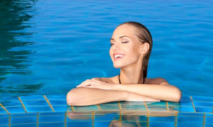 La piscina delle Vallette - Ostellato: 5 o 10 ingressi alla piscina Le Vallette, all'interno dell'oasi naturalistica da 18,90 €