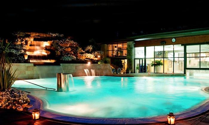 Ròseo Hotel Euroterme - Bagno di Romagna (FC): Romagna, Ròseo Hotel Euroterme 4* - 2 notti in pensione completa e accesso alla piscina termale per due persone da 199 €