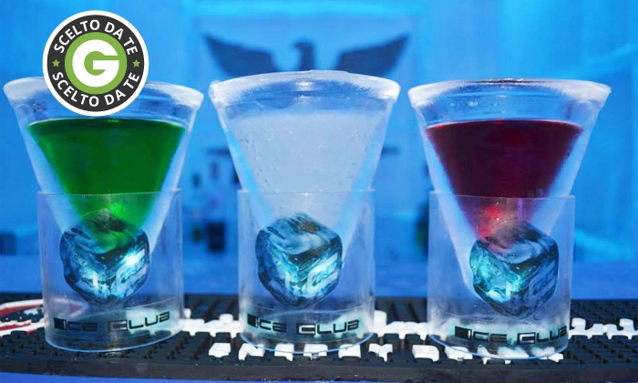 Ice Club - Ice Club: Uno o 2 ingressi di coppia all'Ice Club con 2 consumazioni e shot di benvenuto da 19,90 €