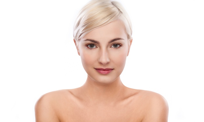 Beauty & Curves - Johannesburg: Facial Injections: Up to 20 Units from R425 at Beauty and Curves (Up to 55% Off)