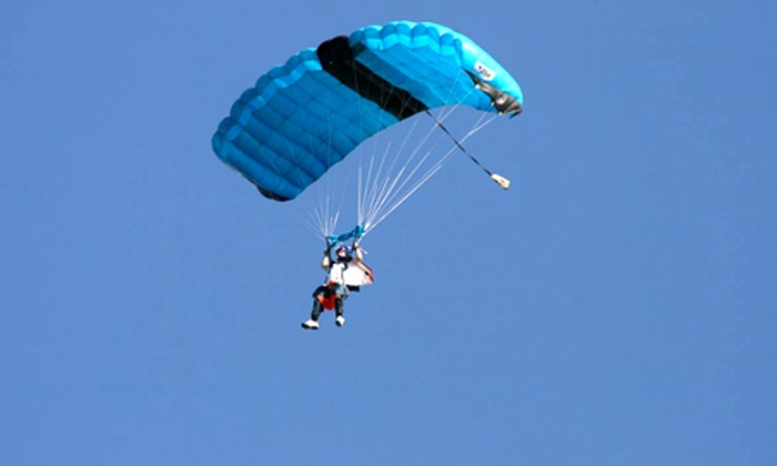 Black Knights Parachute Centre - Black Knights Parachute Centre: Parachute: RAPS Static Line Single Jump Course For One (£119) or Two (£238)
