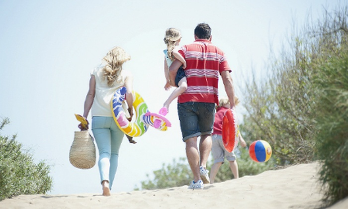 John Fowler Holidays - Devon: John Fowler Holidays: 3 or 4 Nights For Four to Six from £69 at Choice of Park