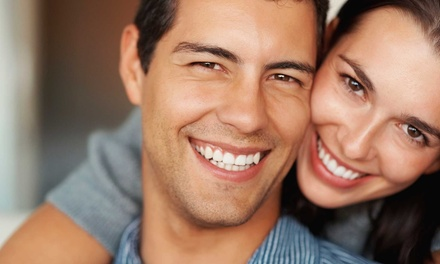 $176 for a Zoom! Teeth-Whitening Treatment at the Centre for Cosmetic Dentistry ($599 Value)
