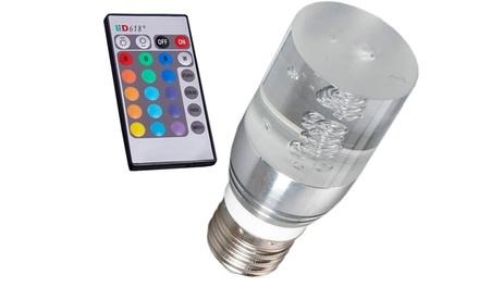 Uma lâmpada LED RGB com comando por 13,99€ ou duas por 19,99€