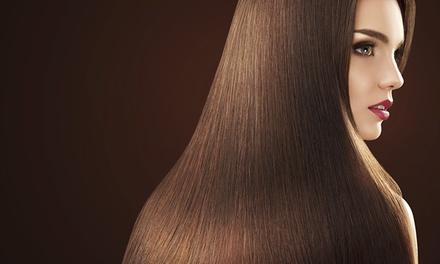 Willian cabeleireiros — Arroios: sessão de alisamento capilar à escolha entre seis métodos distintos desde 22,90€
