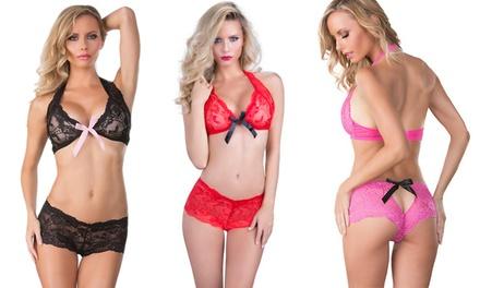 Conjunto de lingerie em renda disponível em 3 cores por 14,90€